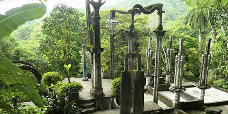 Jardin Surrealista De Edward James Y Sotano De Las Golondrinas
