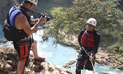 Saltos en cascadas en río micos y cascada de minas viejas